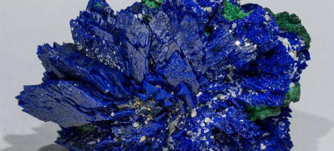 Минерал азурит: свойства, кому подходит по знаку зодиака