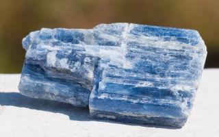 Камень кианит и его свойства
