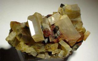 Олигоклаз – солнечный камень