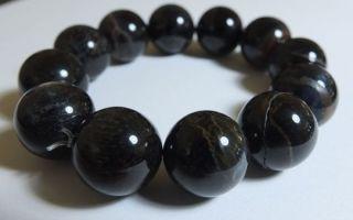 Камни черного цвета: название, фото, краткое описание