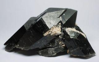 Морион – черный кварц