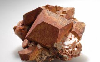 Микроклин — распространенный минерал