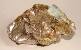 Камень Мусковит: значение, магические свойства, характеристики