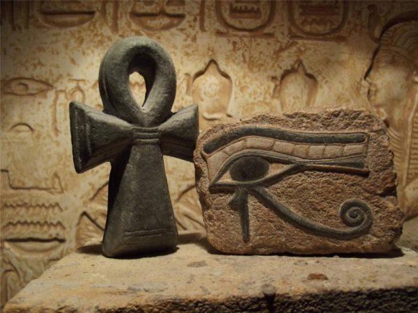 Значения амулетов из египта амулеты тау крест