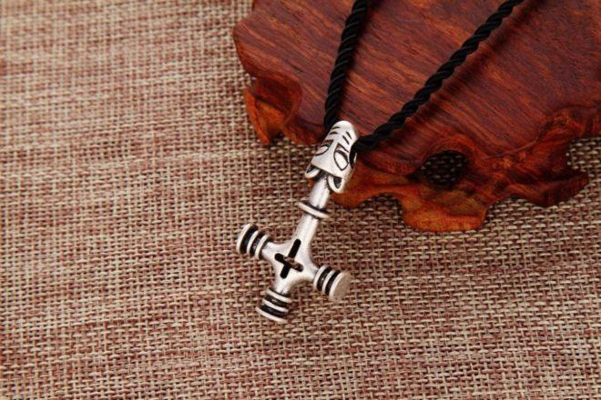 Крест Тора