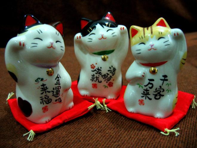 Японские кошки статуэтки
