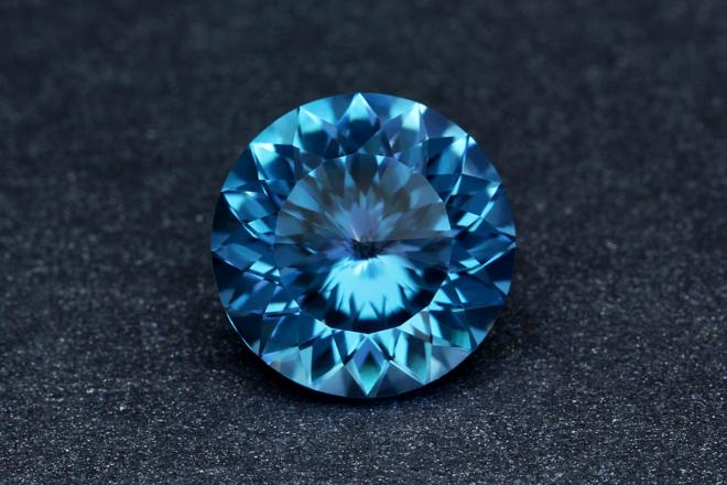 Камень топаз: магические свойства, значение, кому подходит, фото