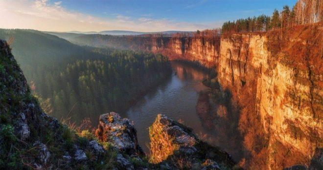 Драгоценные камни Урала: фото и название